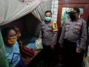 Pasutri Lansia Buta di Sampang Akhirnya Terima Bantuan Sembako