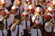 PGRI: Antarkan Anak-anak ke Masa Depan, Bukan ke Rumah Sakit