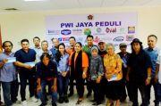 Di Tengah Pandemi, PWI Jaya Seksi Hiburan Salurkan Bantuan untuk Anggota