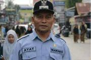 Wakil Wali Kota Pekanbaru Melakukan Penyemprotan Disinfektan
