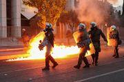 Demonstran Yunani Lempar Bom Molotov ke Kedubes AS di Athena