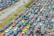 Kisah Haru Pemakaman Remaja Pengidap Kanker yang Diiringi Ribuan Mobil Sport Mahal