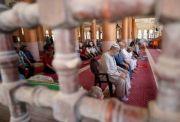 Warga Gaza Gembira dengan Dibukanya Lagi Masjid dan Sekolah