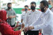 450 Pelindung Wajah Dibagikan untuk Pedagang Pasar Sukasari Bogor