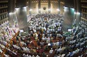 Hari Ini Masjid Raya Al Azhom Tangerang Kembali Gelar Salat Jumat