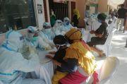 Ratusan Pedagang Pasar Sambirejo Madiun Jalani Rapid Test