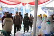 248 Pengunjung-Pedagang Pasar Johar dan Perumnas Telukjambe Karawang Dites Swab