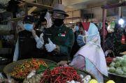 Pantau Pasar Lembang, Emil Apresiasi Pedagang Terapkan Protokol Kesehatan