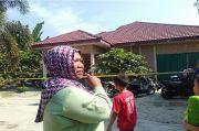 Kursi Pelontar Pesawat Militer yang Jatuh di Riau Masuk ke Rumah Warga