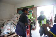 Papua Muda Inspiratif Bersama Bulog Gelar Operasi Pasar Murah di Jayapura