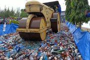 Polda Babel Musnahkan Ribuan Botol Miras Import Ilegal Seludupan
