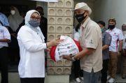 Menaker Serahkan 223.213 Paket Sembako Bagi Serikat Pekerja