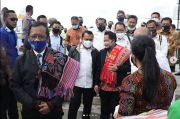 Tiba di NTT, Mahfud MD: Lu Pung Kabar Dong Karmana?
