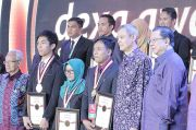 Dukung Peningkatan Inovasi, Dexa Gelar Award Science Scholarship