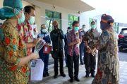 Masker Merah Putih Tanda Cinta Ari Lasso untuk Warga Surabaya