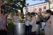 46 Dapur Lapangan Sajikan 13.600 Porsi Makanan untuk Warga Terdampak Covid-19