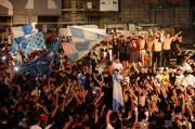 Perayaan Gelar Sepak Bola Bisa Jadi Cluster Baru Corona