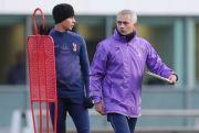 Mourinho Kecewa Dele Alli Absen Lawan Mancheseter United