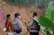 Nenek di Tasikmalaya Tewas Tertimbun Longsoran Tebing Setinggi 20 Meter