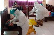 Puluhan Tenaga Kesehatan RSUD Takalar Lakukan Swab Test