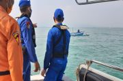Ditpolairud Polda Banten Cari 7 Korban Kapal Tenggelam di Perairan Selat Sunda