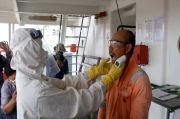 Cegah Penyebaran COVID-19, ABK Sandar di Pelabuhan Dicek Kesehatan