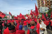Bentangkan Bendera, PDIP Jaktim: Kami Bukan PKI, Kami Penjaga NKRI