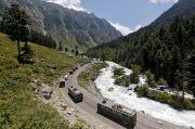 Tandingi China, India Kerahkan Banyak Pasukan di Dekat Ladakh