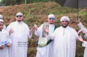 Bangun Ponpes Bernuansa Hadhramaut Yaman, Habib Ahmad Letakkan Batu Pertama