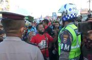 Rapid Test Terlalu Mahal, Sopir Sayur-Buah Demo di Pelabuhan Ketapang