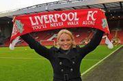 Caroline Wozniacki Rayakan Pesta Liverpool Juara Liga Inggris