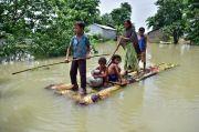 Banjir di Assam India Paksa Lebih dari Satu Juta Orang Mengungsi