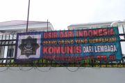 6 Spanduk Tolak PKI dan Komunisme Terpasang di Kantor DPRD Jabar