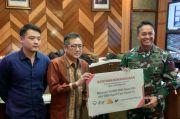 DNR Serahkan Bantuan RBM Goat Milk dan Rapid Test Kit kepada TNI-AD