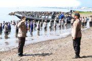 Kenaikan Pangkat 368 Personel Polda Sulut Digelar di Pantai Malalayang