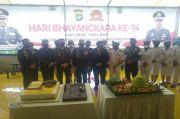 Ratusan Personel TNI Serbu Mapolres Metro Jakarta