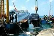 Evakuasi 33 Kendaraan di KM Dharma Rucitra Tuntas