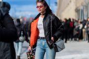6 Jenis Busana yang Wajib Dimiliki Wanita Usia 20-an
