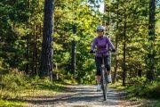 Sepedaan di Hutan Kota juga Asyik, Kok!