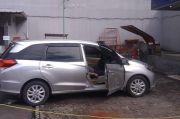 Pria Setengah Baya Meninggal Dalam Mobil di SPBU Jalan Riau Bandung
