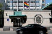 Putin Ledek Kedutaan AS karena Kibarkan Bendera LGBT
