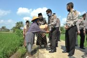 Pengasuh Ponpes Alif Ba Banjarnegara Apresiasi Polri Salurkan Ribuan Paket Baksos