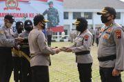 Kapolda Jateng Beri Penghargaan 34 Polisi dan 2 Warga Sipil