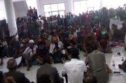BK DPRD Sumba Timur Janji Tindak Lanjuti Aspirasi Demonstran