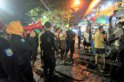 Sweeping Masker di Pasar Tradisional Dilakukan Sampai Dini Hari