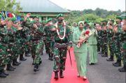Melihat Tradisi Penyambutan Komandan Brigade Infanteri 25/Siwah dengan Adat Aceh