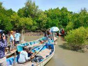 MUJ ONWJ Gandeng Wanadri Restorasi Pantai Mayangan Subang