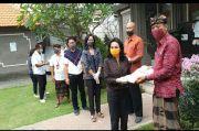 Dekranasda Denpasar Distribusikan Bantuan Beras Dekranasda Provinsi