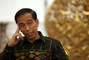 215 Negara Krisis Corona, Jokowi Prediksi Ekonomi RI Tumbuh Minus