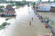 Terendam Banjir 1 Meter Jalan Trans Sulawesi Putus